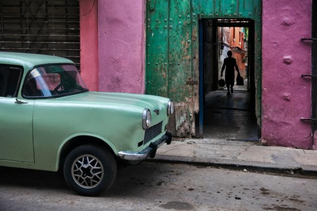 _SM15987, Havana, Cuba, 2010, CUBA-10021  final print_UrbanArt'12