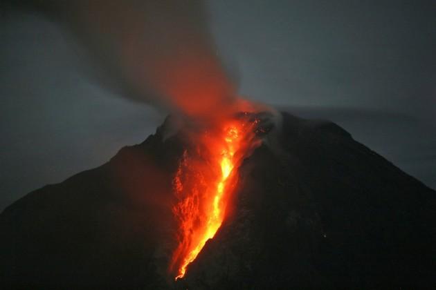 APTOPIX Indonesia Volcano Erupts