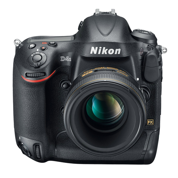 Nikon_D4s_review_fronttop