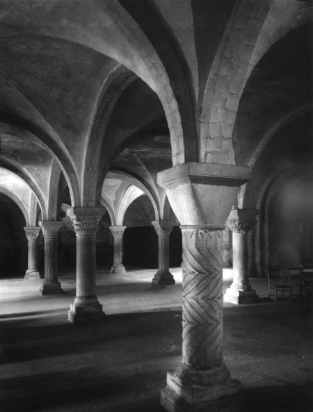 CANTERBURY-CATHEDRAL-KENT-1955CRYPT-1-C29509
