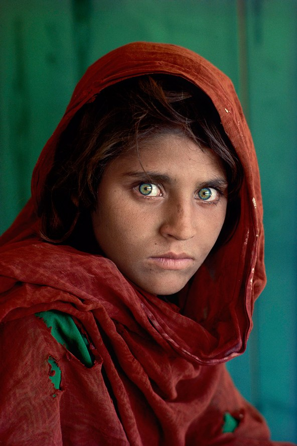 Afghan-Girl-Pakistan-1984-The-RPS-Collection-National-Media-Museum-Bradford-copyright-Steve-McCurry_592x888