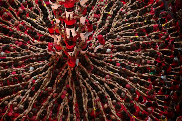"""APTOPIX Spain Human Tower"""
