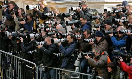 loads-of-photographers--007