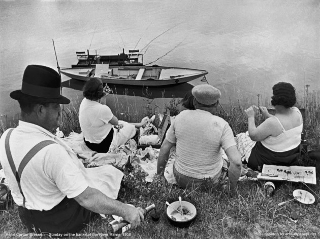 henri_cartier-bresson-sunday