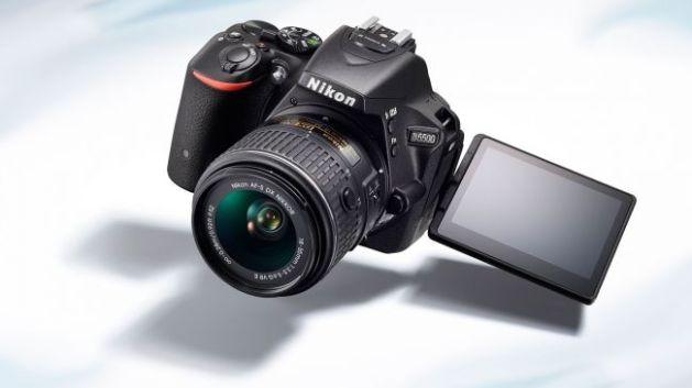 Nikon-D5500-hero-650-80