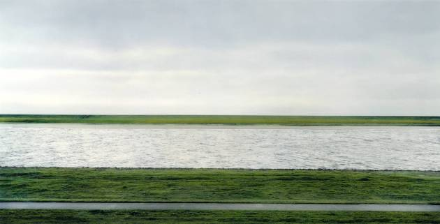 The Rhine II 1999 Andreas Gursky born 1955 Presented by the Friends of the Tate Gallery 2000 http://www.tate.org.uk/art/work/P78372